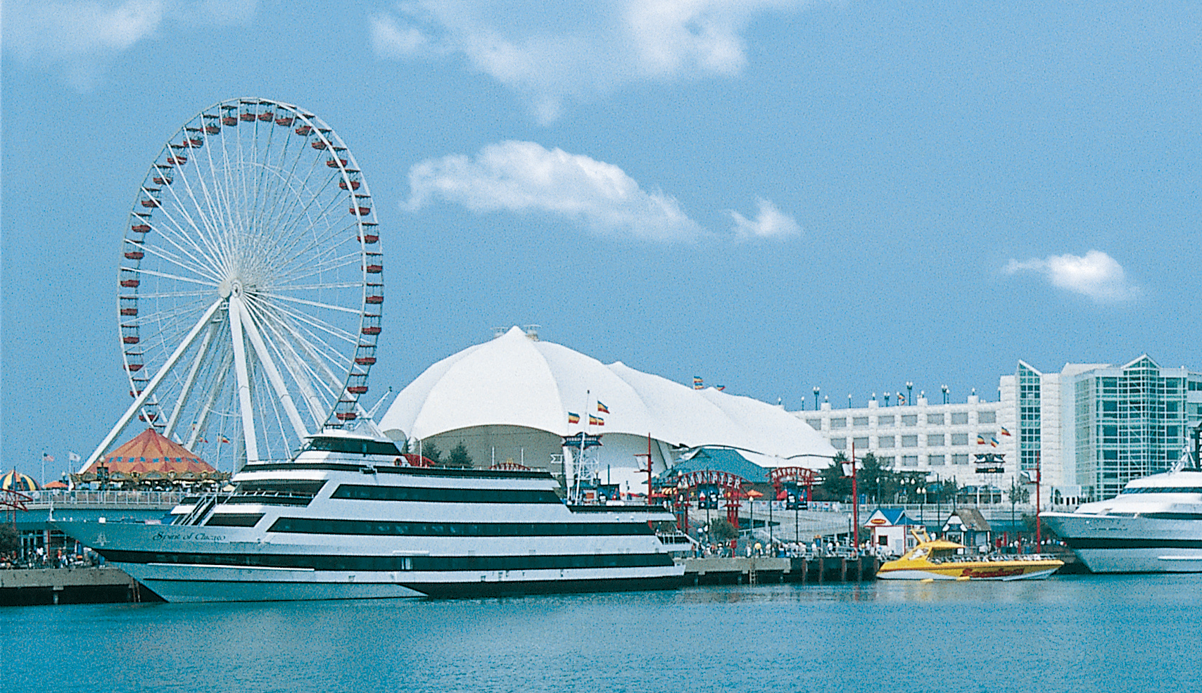 Hotels Near Navy Pier Chicago Free Parking